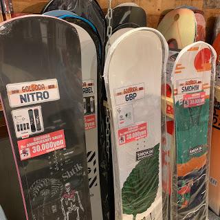 店内商品_スノーボード板